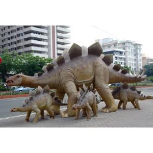 """Dinosaurie Stegosaurus 8,6 m """"Begär offert"""""""